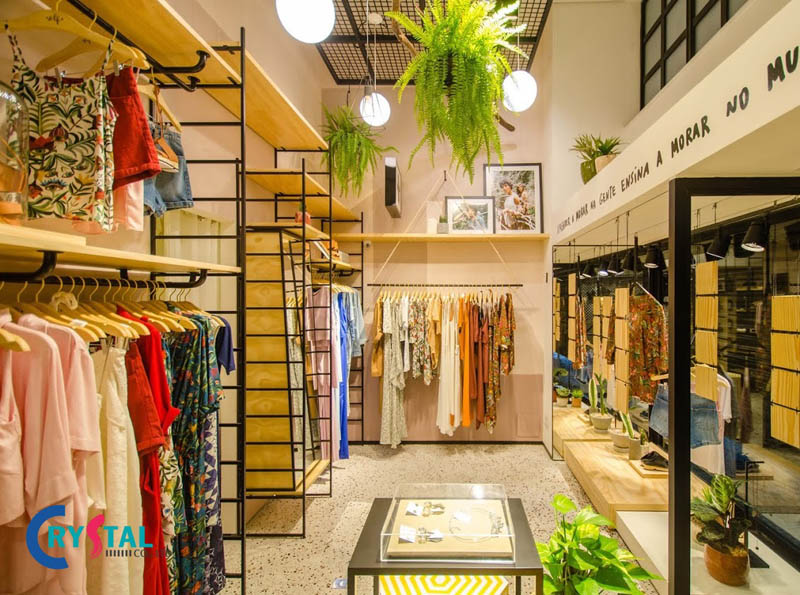 các mẫu thiết kế nội thất cửa hàng quần áo - Crystal Design TPL