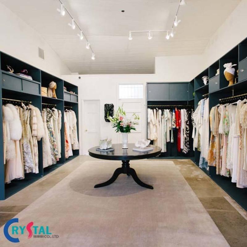 cách trưng bày shop quần áo