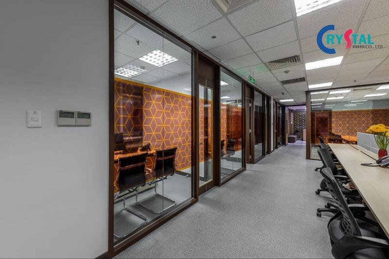 không gian làm việc chung thoải mái - Crystal Design TPL