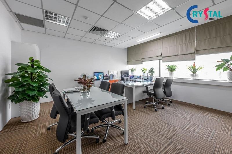 mẫu thiết kế nội thất văn phòng bds đẹp - Crystal Design TPL