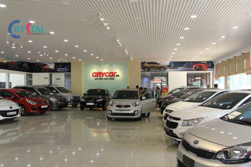 thiết kế cửa hàng ô tô - Crystal Design TPL