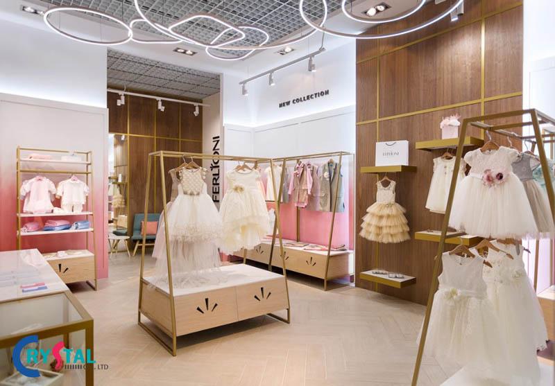 thiết kế cửa hàng quần áo - Crystal Design TPL
