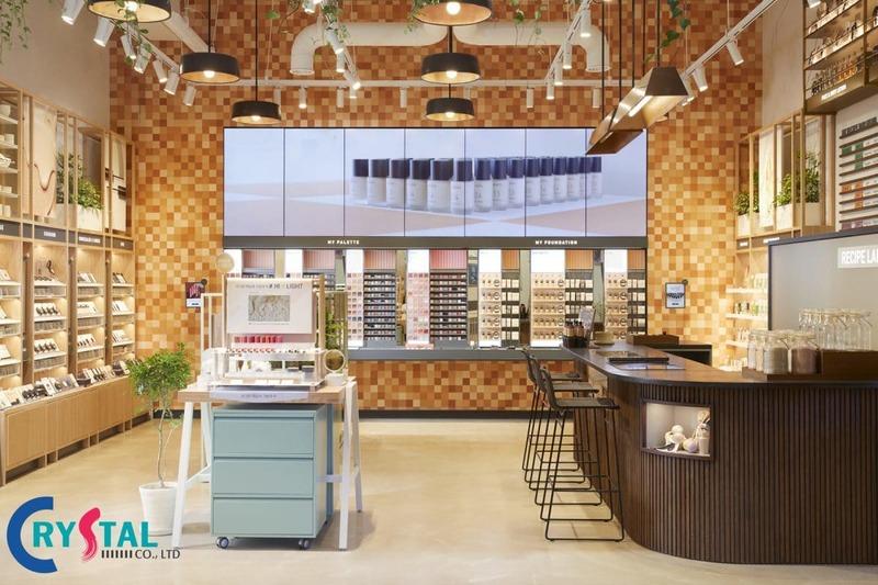 thiết kế nội thất cửa hàng mỹ phẩm - Crystal Design TPL