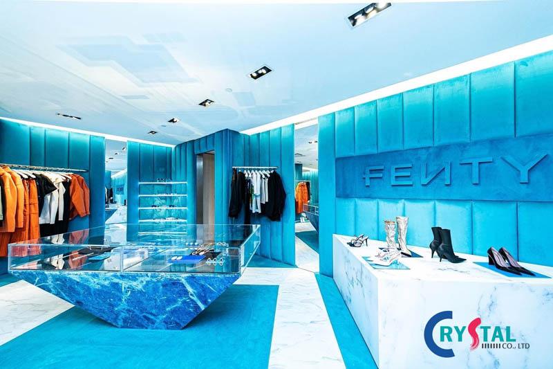thiết kế nội thất cửa hàng thời trang - Crystal Design TPL