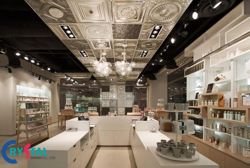 thiết kế nội thất shop mỹ phẩm - Crystal Design TPL