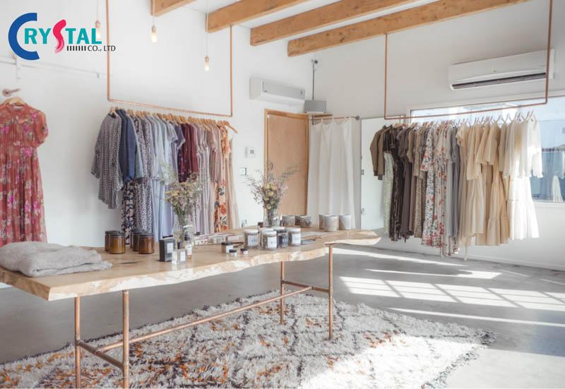 thiết kế nội thất shop thời trang cho nữ - Crystal Design TPL