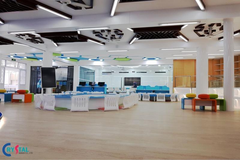 thiết kế nội thất showroom cửa hàng - Crystal Design TPL