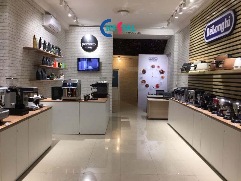 thiết kế showroom theo nội thất tự do mang lại nhiều tiện ích cho khách hàng - Crystal Design TPL