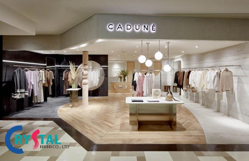 thiết kế thi công cửa hàng quần áo đẹp - Crystal Design TPL