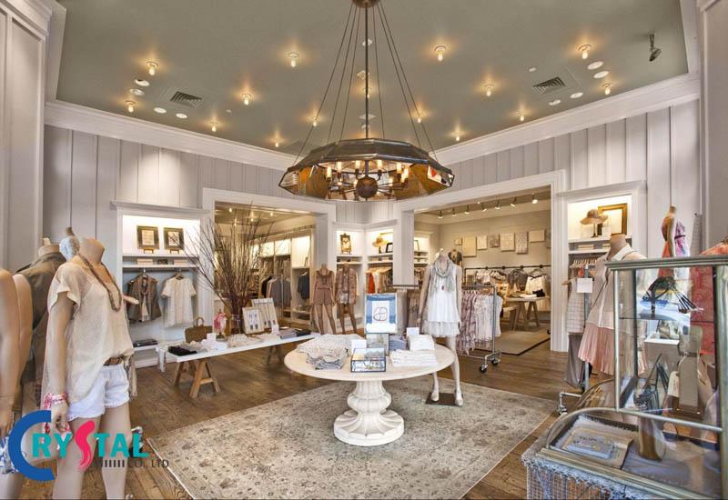 thiết kế thi công cửa hàng quần áo - Crystal Design TPL
