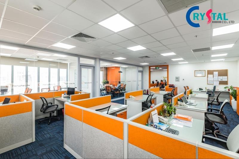 thiết kế văn phòng cây xanh thân thiện - Crystal Design TPL