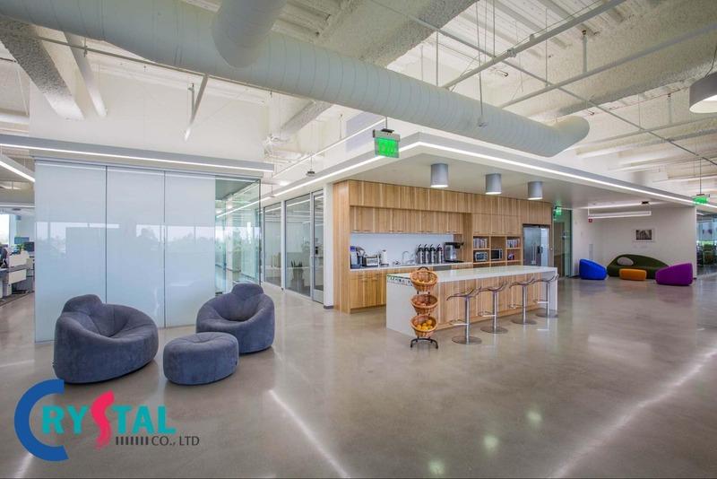 thiết kế văn phòng công ty hiện đại - Crystal Design TPL
