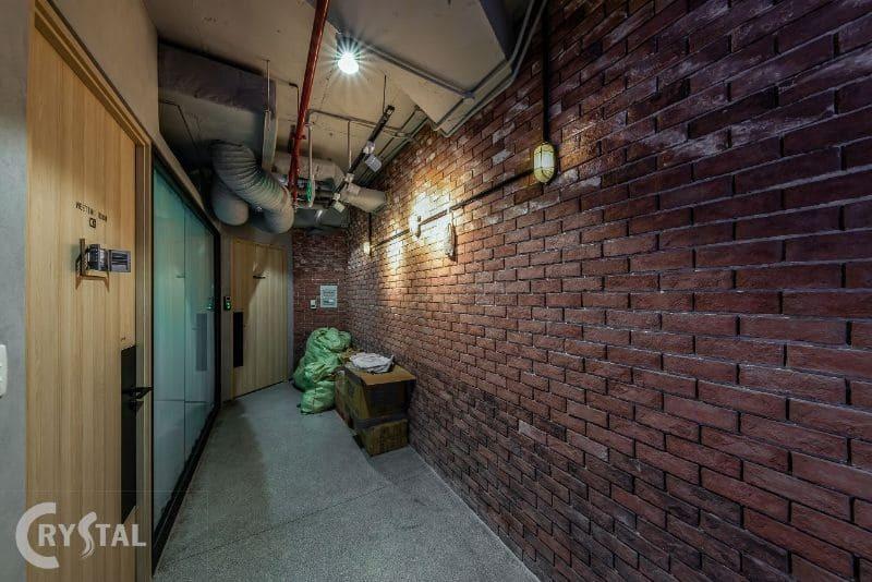 Mẫu thiết kế nhà văn phòng với màu sắc nhã nhặn
