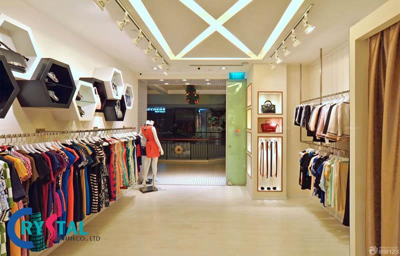 trang trí nội thất cửa hàng thời trang - Crystal Design TPL