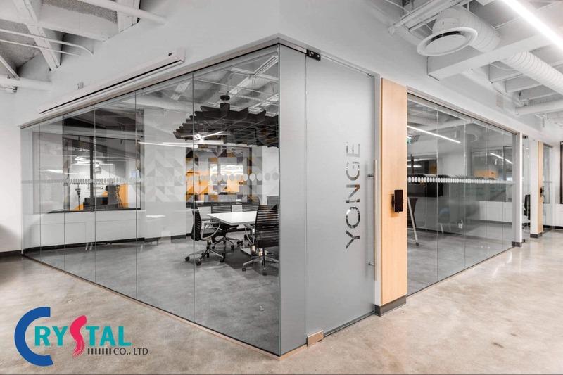 trang trí phòng làm việc - Crystal Design TPL