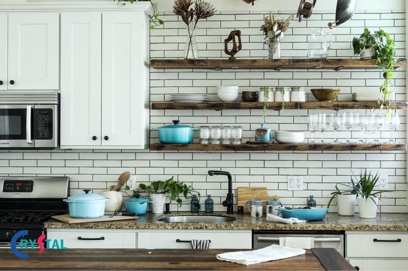 Phòng bếp và phòng khách thường thông với nhau
