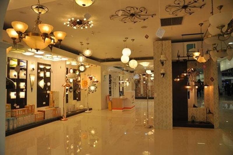 báo giá thiết kế và thi công nội thất showroom - Crystal Design TPL