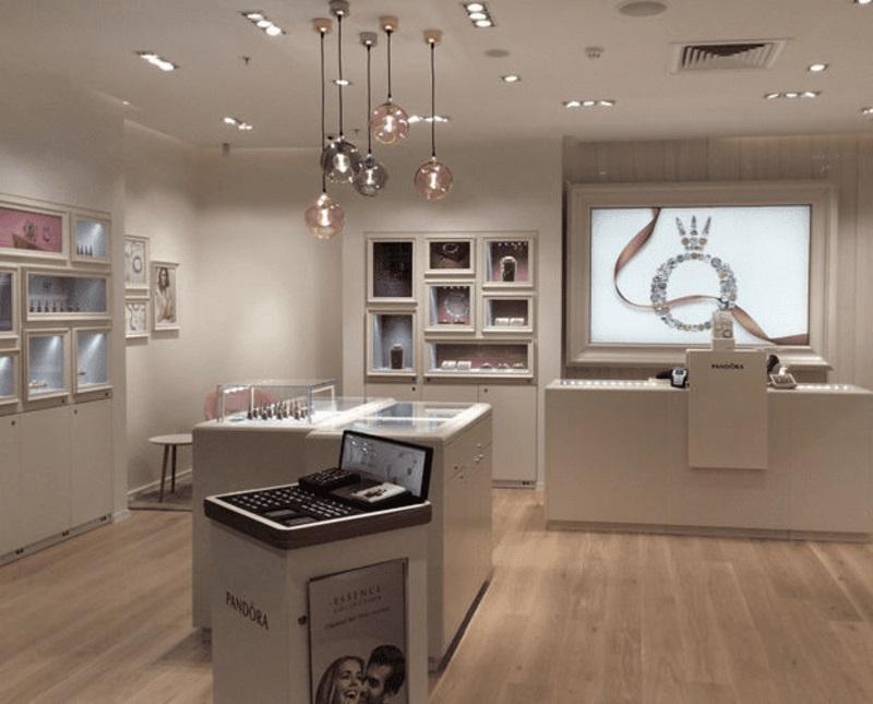 màu sắc chủ đạo trong thiết kế cửa hàng trang sức - Crystal Design TPL