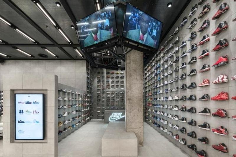 mẫu thiết kế cửa hàng giày dép thời trang đẹp - Crystal Design TPL