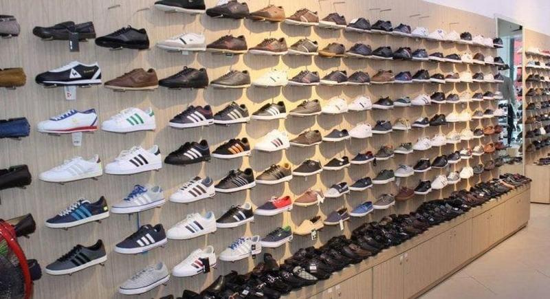 mẫu thiết kế shop bán giày dép đẹp - Crystal Design TPL