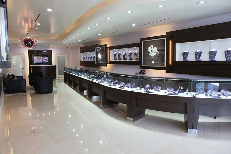 mẫu thiết kế thi công cửa hàng vàng bạc - Crystal Design TPL