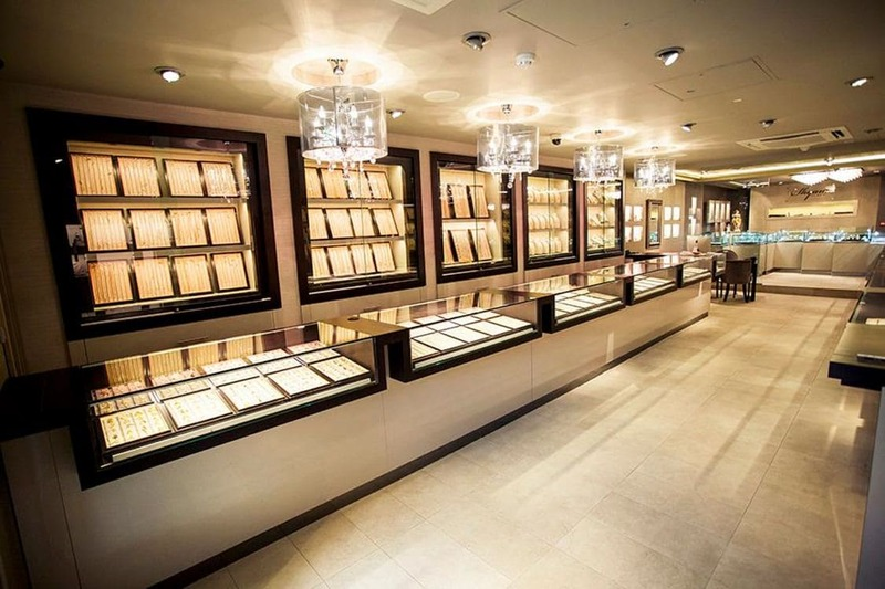 mẫu thiết kế và thi công cửa hàng vàng bạc - Crystal Design TPL