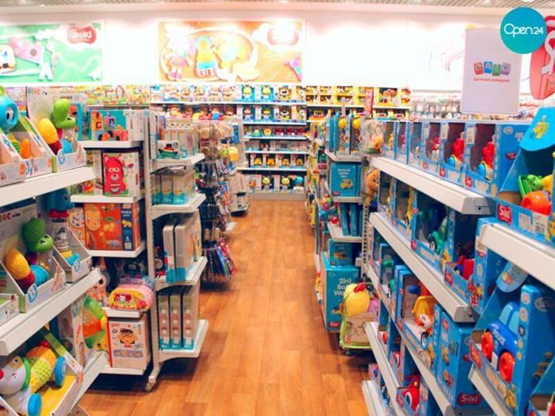 nội thất cửa hàng đồ chơi trẻ em