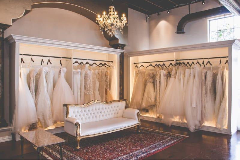 nội thất showroom áo cưới đẹp