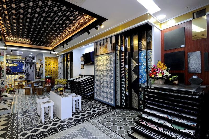 showroom gạch men ốp lát - Crystal Design TPL