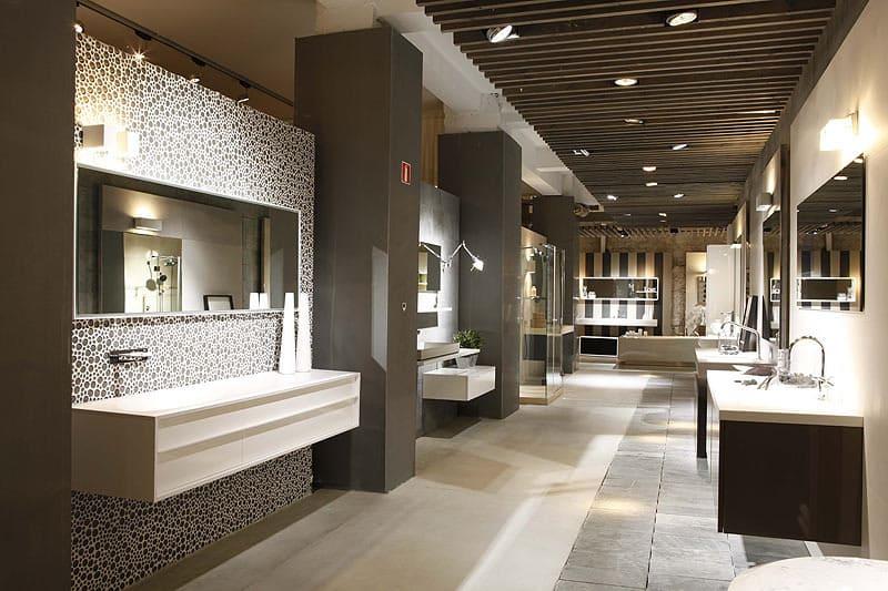 showroom nội thất thiết bị vệ sinh cao cấp - Crystal Design TPL