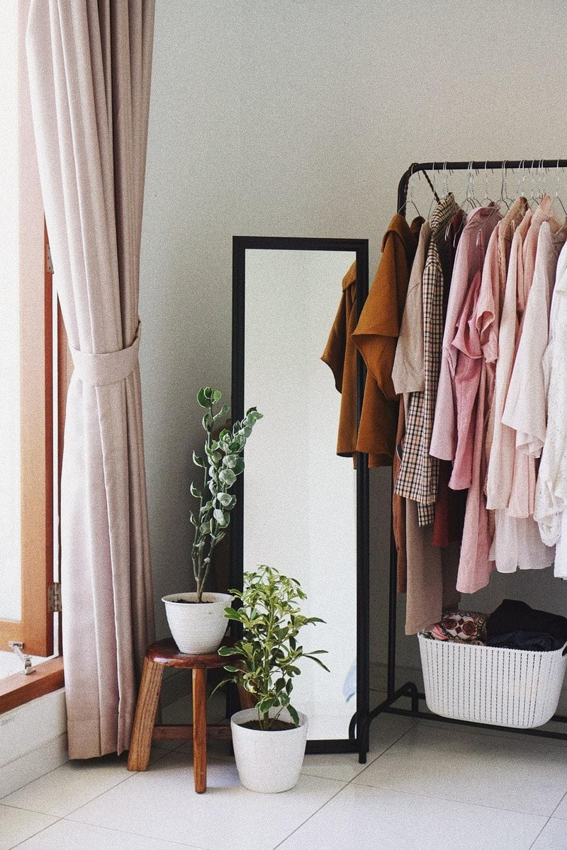 thiết kế cửa hàng quần áo phong cách vintage - Crystal Design TPL