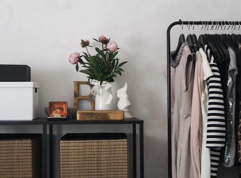 thiết kế cửa hàng thời trang theo phong cách vintage - Crystal Design TPL