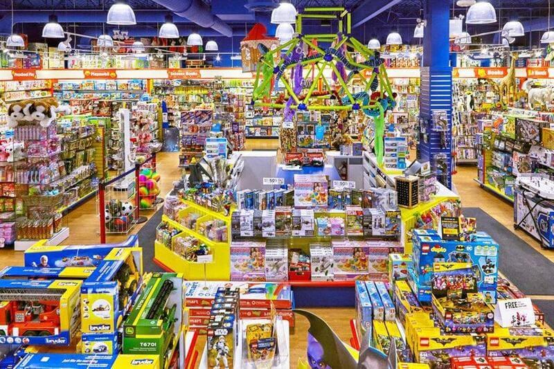 thiết kế không gian cửa hàng đồ chơi trẻ em
