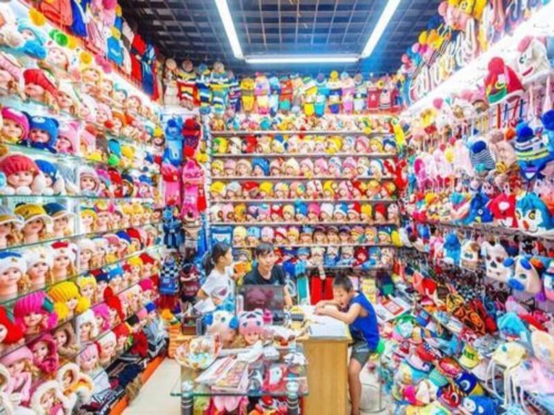 thiết kế nội thất cửa hàng đồ chơi trẻ em