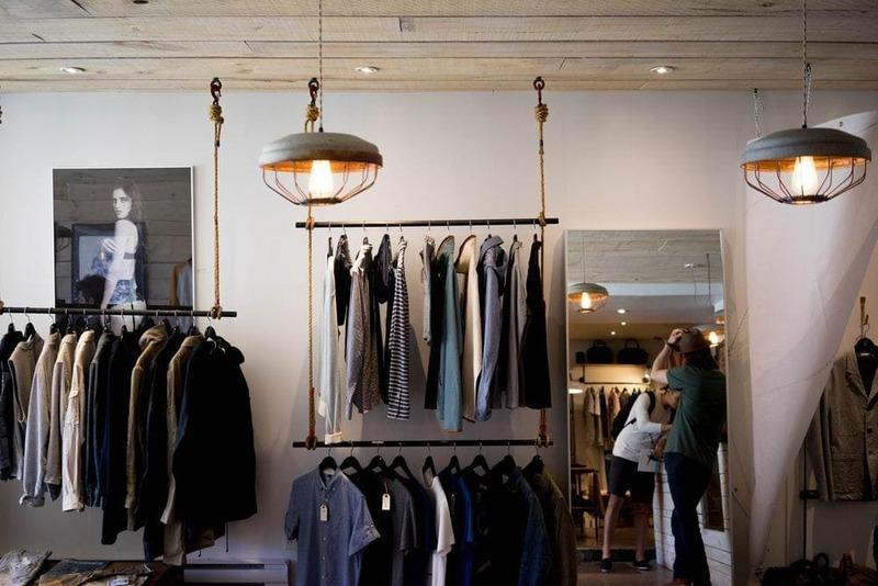 thiết kế nội thất shop thời trang phong cách vintage - Crystal Design TPL