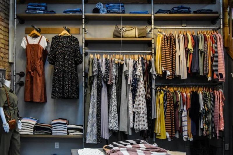 thiết kế shop quần áo trẻ em diện tích nhỏ - Crystal Design TPL