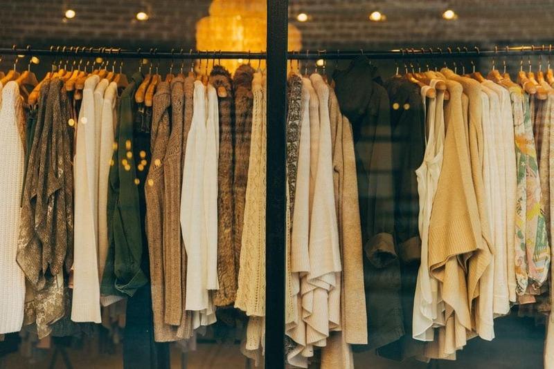thiết kế shop thời trang theo phong cách vintage - Crystal Design TPL