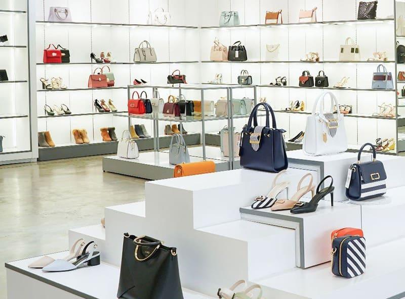 thiết kế shop túi xách thời trang đẹp