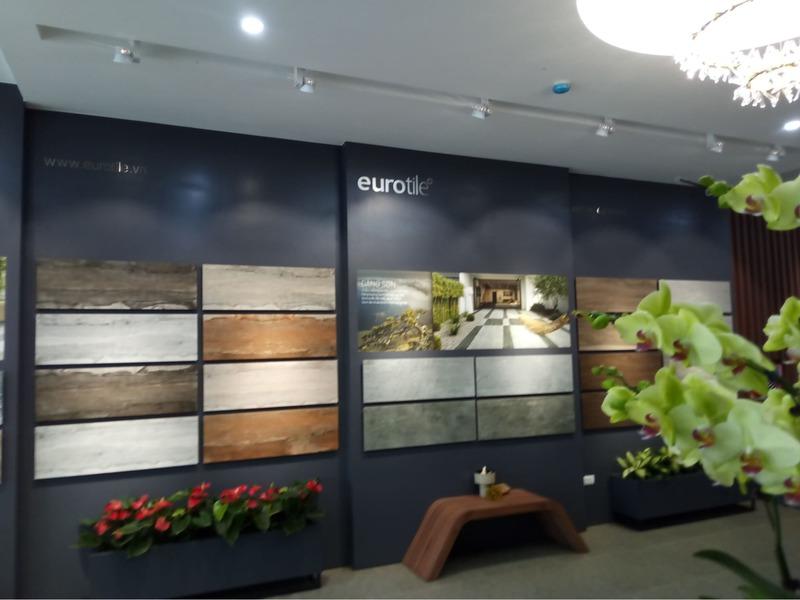 thiết kế showroom trưng bày gạch men ốp lát - Crystal Design TPL