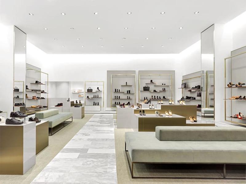 cách trang trí shop giày dép thời trang - Crystal Design TPL