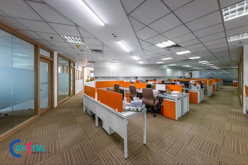 Không gian văn phòng phong cách mở nhưng vẫn đảm bảo không gian riêng tư cho nhân viên