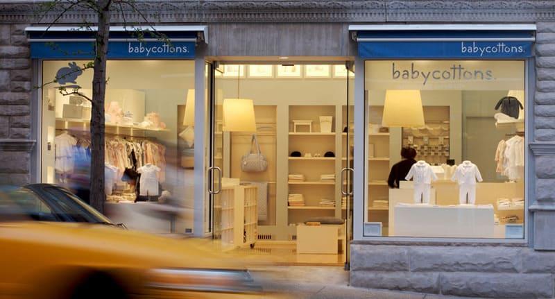 trang trí shop quần áo trẻ em diện tích nhỏ
