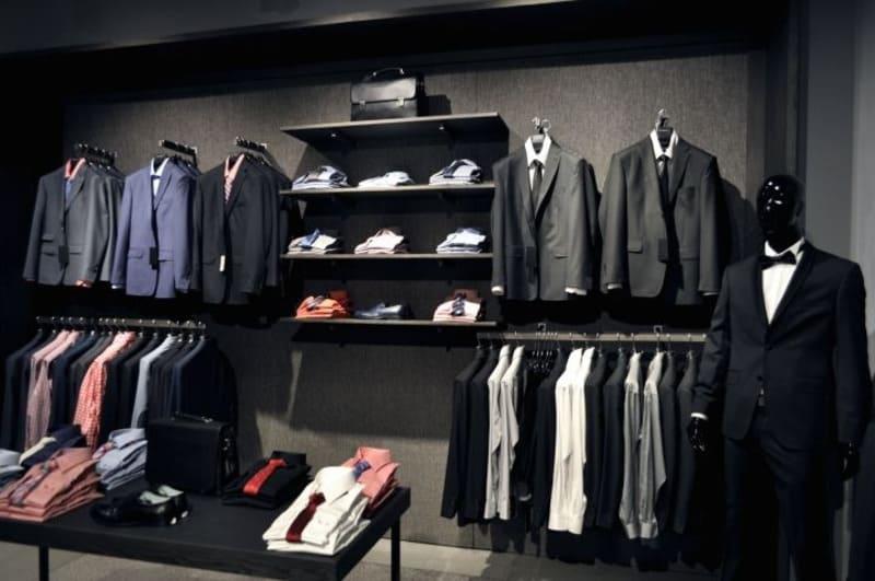hình ảnh thiết kế cửa hàng thời trang nam