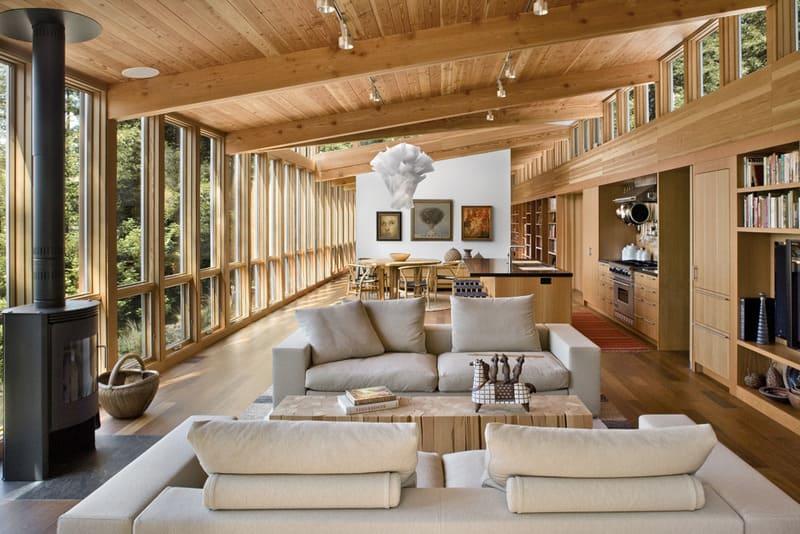 So với gỗ tự nhiên thì gỗ công nghiệp rẻ hơn rất nhiều