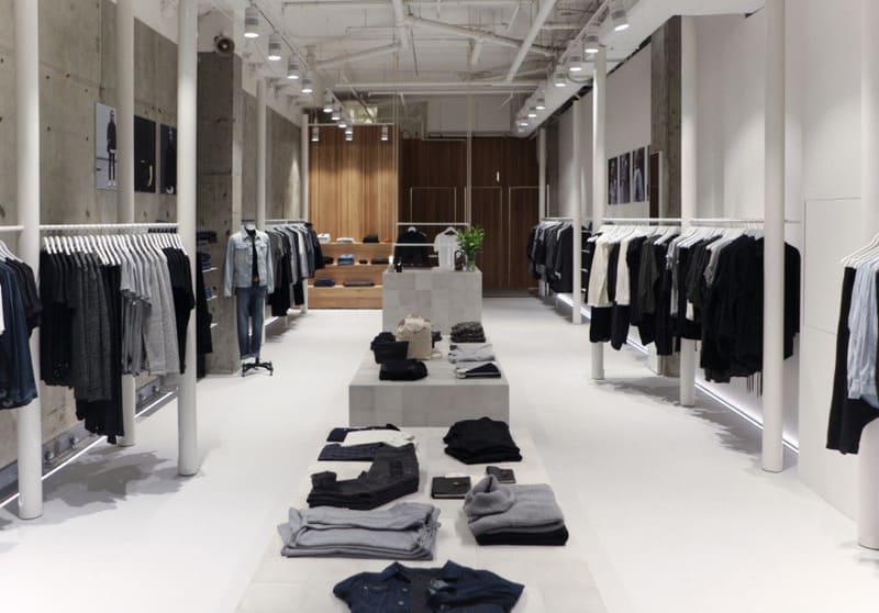 trang trí shop quần áo nam